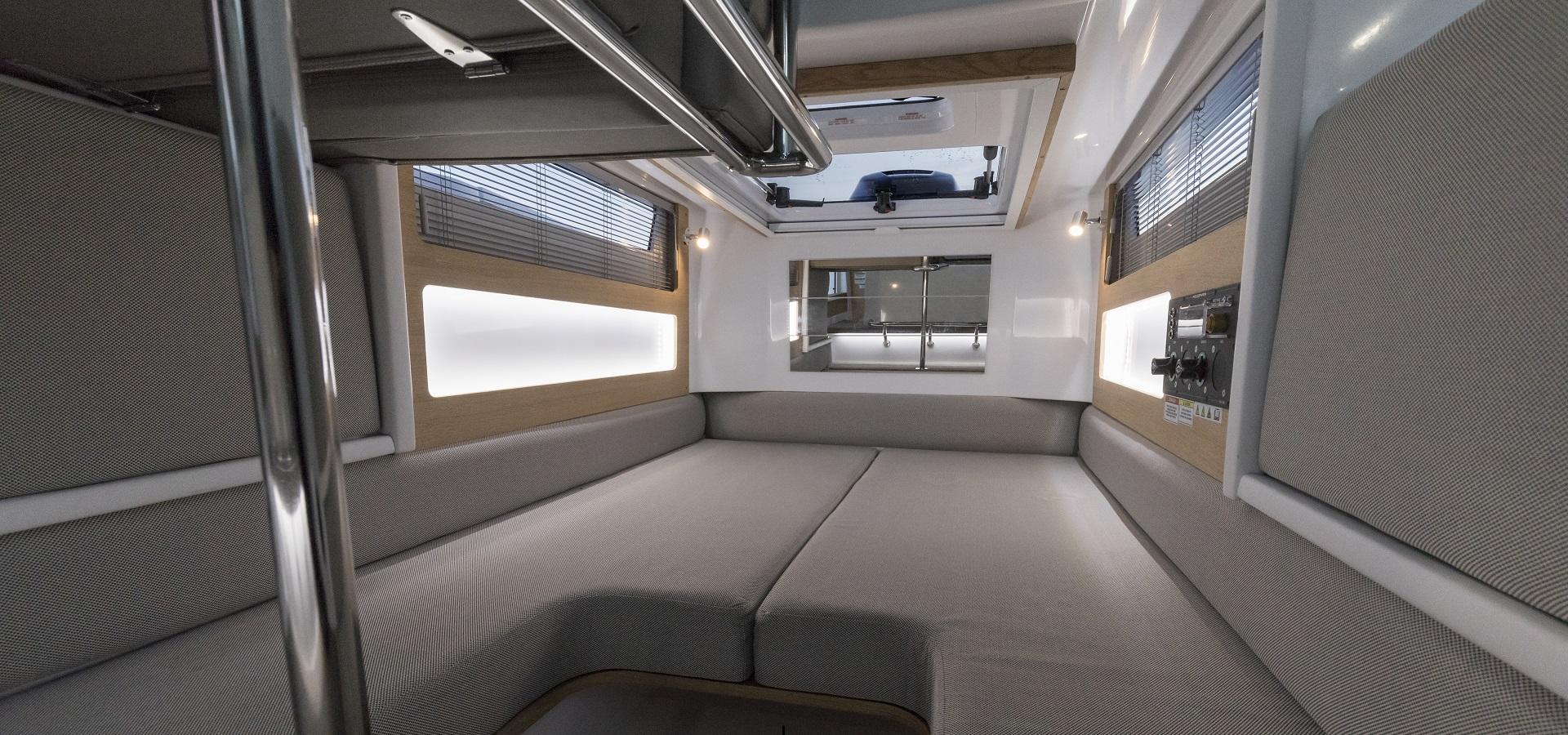 Axopar 28 Cabin/AC 3
